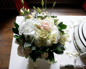 Ceremony table dressing with posy of flowers