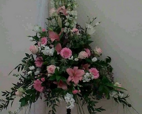 Church Pedestal arrangemt